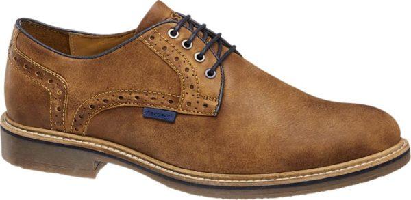 Der Business Schnürer von AM SHOE besticht durch sein elegantes und hochwertiges Aussehen Das Obermaterial aus braunem Leder wird durch dunkle Akzente an den Nähten besonders gut zur Geltung gebracht Die Sohle sowie das weich gepolsterte Innenfutter bestehen ebenso aus Leder und bieten einen hohen Tragekomfort – Den ganzen Tag über Ob zum Businesslook oder leger in der Freizeit dieser Schuh kann zu jedem Anlass passend kombiniert werden