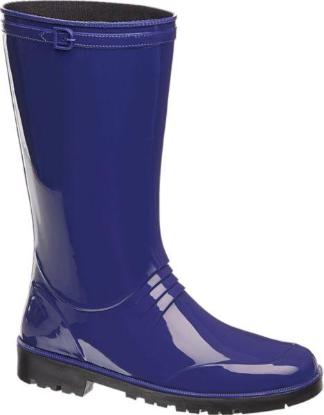 Der blaue Gummistiefel von Cortina sorgt auch bei tristem Regenwetter für trockene Füße und gute Laune Er kommt in leuchtendem Royalblau des Wegs und besteht aus wasserfestem Material Die profilierte Laufsohle trotzt Nässe und Regen und bietet außerdem guten Grip Mit dem hohen Schaft sind Beine und Füße zuverlässig vor Feuchtigkeit geschützt