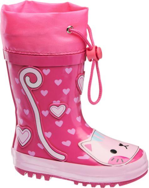 In dem lustigen Gummistiefel von Cortina bleibt der Fuß auch an regnerischen Tagen trocken Das pinke Design mit Herzchen wird ergänzt durch einen niedlichen Katzenkopf auf dem Schuhrücken der auch bei schlechtem Wetter für gute Laune sorgt Am praktischen Gummizug kann der Schaft so verschlossen werden dass auch von oben kein Regen in den Schuh läuft