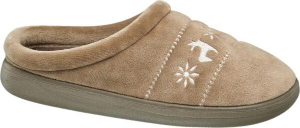 In den Hausschuh von Casa mia können sich Ihre Füße behaglich hineinkuscheln Das taupefarbene Obermaterial ist weich und flauschig ebenso das Fleece Innenmaterial Dank der im Fersenbereich offen gestalteten Pantoffel Form lässt sich der Schuh einfach und bequem überstreifen Die stabile Laufsohle ist farblich abgestimmt Hingucker Winterliche Motive zieren als weiß abgesetzte Bordüre die Schuhspitze