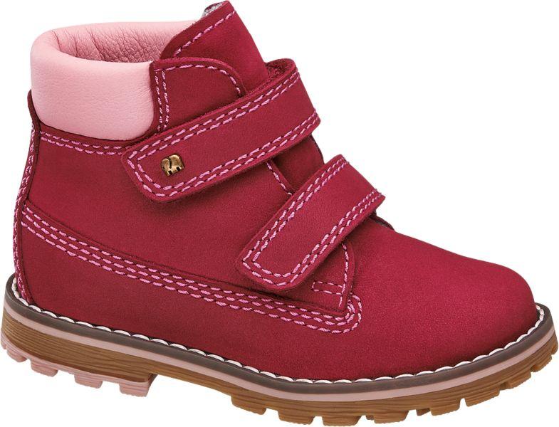 Gute Laune für kleine Füße bringt der fröhliche Lauflerner von Elefanten in der Weite Mittel der dank kräftigem Rot Farbe in den Alltag bringt Abgesetzt ist das rote Leder durch rosafarbene Ziernähte sowie einen rosafarbenen Einsatz am etwas höheren Schaft Die rutschfeste Laufsohle macht den Schuh zusätzlich zum idealen Schuh für die ersten Schritte und Gehversuche im Freien