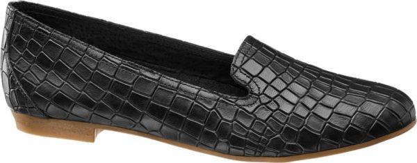 Hier überzeugt die klassische Form des Loafers in Kombination mit der Krokodiloptik Der Loafer von 5th Avenue macht jeden simplen Spaziergang oder Cocktailabend zu einem eleganten Auftritt Der schwarze Schuh aus Leder ist in seiner Form schlicht und das Krokodilmuster vervollständigt den stilvollen Look Ein kleiner Absatz von 1 5 cm ermöglicht ein bequemes Laufen Der leichte Schuh passt zu schicker Kleidung an warmen Tagen