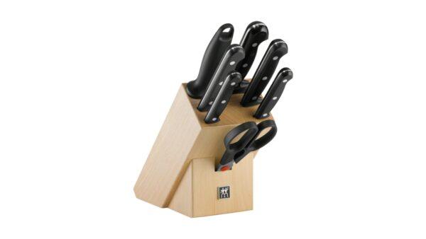 Es handelt sich um einen Auslaufartikel. Der 8-teilige Messerblock von ZWILLING ist die ideale Wahl für Köche
