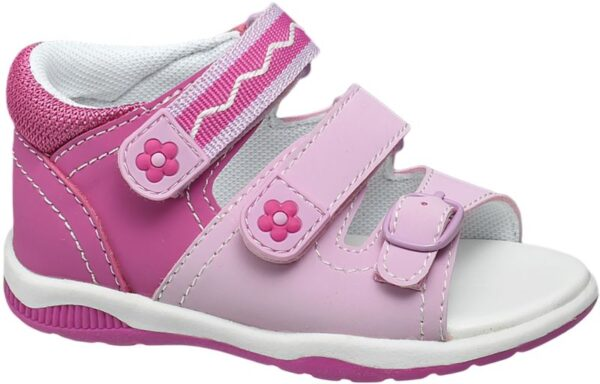 Diese pinke Sandale von Cupcake Couture eignet sich optimal für die ersten Schritte und Gehversuche Die Sandale mit 3 fach Klettverschluss und einer kleinen Schnalle am vorderen Ende passt sich dem Fuß ideal an und bietet ein angenehmes Tragegefühl Kleine niedliche Designhighlights wie die Blumenapplikationen am Klettverschluss und die Kombination verschiedener Pinktöne machen den Schuh außerdem zu einem verspielten Hingucker beim Laufen lernen