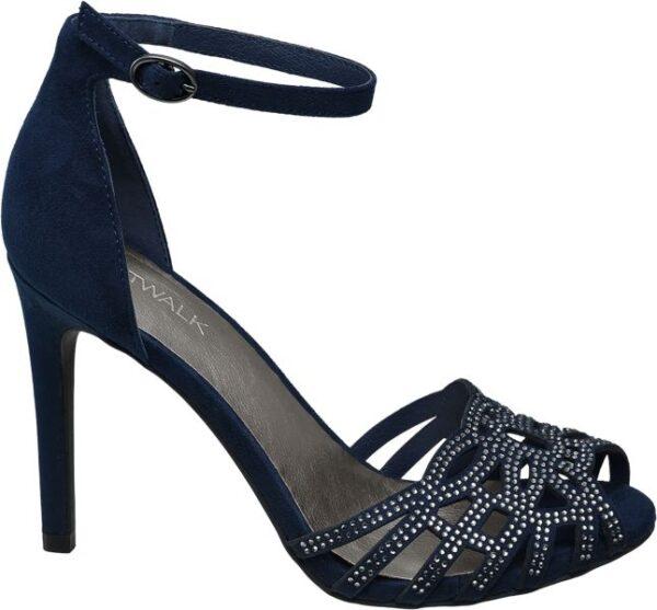 Wenn Sie einen feminin eleganten Schuh für festliche Anlässe suchen werden Sie bei der dunkelblauen Sandalette von Catwalk fündig Sie ist schlank und anmutig geschnitten und aus einem veloursähnlichen Material Mix aus Synthetik und Textil gefertigt Im Fersenbereich ist die Sandalette geschlossen vorne mit einem raffinierten Riemchen Geflecht und Peeptoe Öffnung designt Schmucksteine sorgen für Glamour während der 10 6 cm Pfennigabsatz das grazile Erscheinungsbild wirkungsvoll unterstreicht