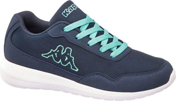 Der blaue Sneaker von Kappa bietet sportlich lässigen Casual Style und einen angenehmen Tragekomfort Diesen verdankt er der bequemen Schnittführung und der weichen Polsterung von Schaft und Lasche Innen ist der Schuh mit blauem Mesh und Textil versehen Die Schnürsenkel sind mintgrün und auch der Label Schriftzug und das große seitliche Label Logo sind mintfarben umrandet