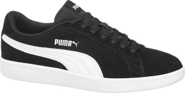 Gefertigt aus echtem Leder begeistert der schwarze Sneaker PUMA SMASH V2 von Puma mit einer attraktiven Optik und einer hohen Verarbeitungsqualität Außerdem ist er sehr bequem – dafür sorgen der komfortable Schnitt und die Polsterung von Schaft und Lasche Das Innenmaterial besteht aus schwarzem Textil die Gummilaufsohle ist weiß Ebenfalls in Weiß gehalten vollenden die ikonischen Label Logos das zeitlos sportliche Design