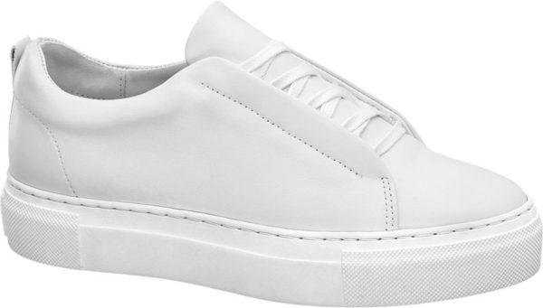 Ein weißer Sneaker gehört zur modischen Grundausstattung denn er lässt sich zu jedem Casual Outfit kombinieren Dieses Modell kommt aus dem Hause 5th Avenue und ist wie nahezu alle Schuhe der Qualitätsmarke aus echtem Leder gefertigt Der Sneaker ist kompakt und bequem geschnitten und mit einer coolen Plateausohle versehen Diese ist wie das Leder Innenmaterial und die Schnürsenkel in Weiß gehalten