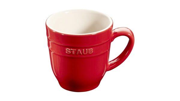 Mit der Tasse aus der Serie Keramik von Staub haben Sie eine schöne Lösung für Heißgetränke zur Hand. Mit einer Füllmenge von 0